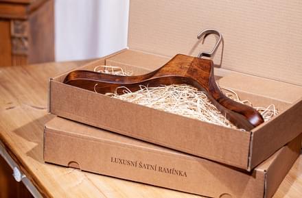 Un cadou în cutie de lux pentru soț