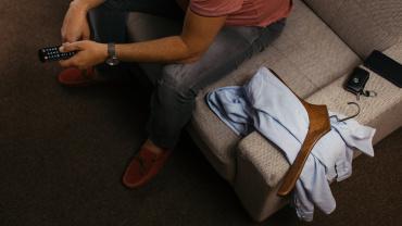 Košilové ramínko bez kalhotové tyče